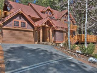 Tahoe-Style Mountain Home Away from Home ~ RA3427, Incline Village