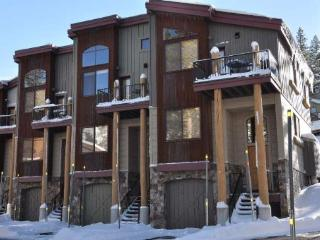 The Sentinels #7 Townhome ~ RA6851, Kirkwood