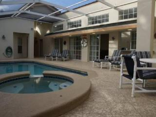 Beautiful 3 bedroom 3 bathroom Pool Home In Lindfields Reserve., Orlando