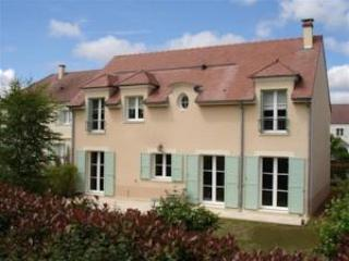 Self catering Villa near Disneyland Paris, Magny-le-Hongre