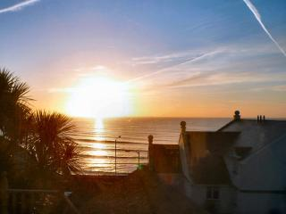 Bayview Cottage Penzance with great sea views