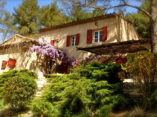 Le Mas du Philosophe, Provence, Simiane-Collongue