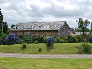 Oak barns, Farndon