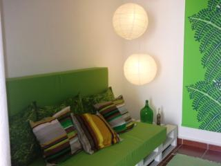 Lighthouse-Perfect Holidays House Family/Friends, Peniche