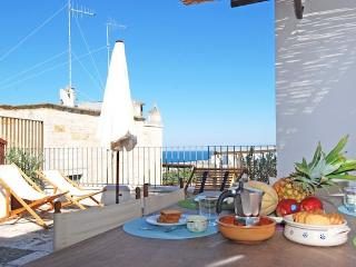 Dolce Vita: Large Apt with Beautiful Sea View, Polignano a Mare