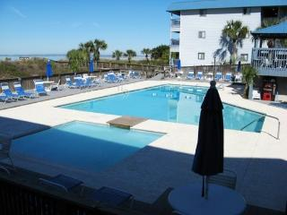 Savannah Beach & Racquet Club Condos - Unit A215 - Swimming Pools, Tybee Island