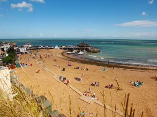 Sunshine Villa, Broadstairs sleeps 8