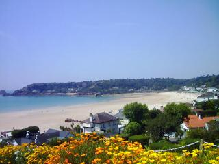 Brelade View - Stunning sea view & location, St. Brelade