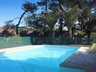 BEACH APARTMENT WITH POOL, Anglet