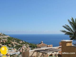 Standing Villa with seaview, Altea