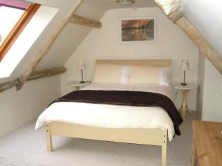 lovely light bedroom - great views over the town