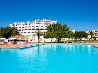 Apartement with aircon+wifi & swimming pool, Albufeira