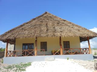 Mbuyuni  Beach  Village, Jambiani