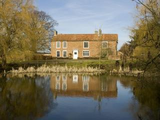 Elms Farmhouse, Wangford