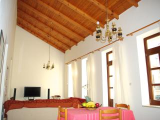 Two bedroom self-catering holiday home (by owner), Rethymnon