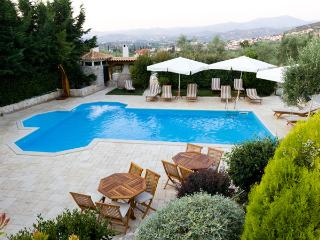 Suite Nafplion with Pool BB