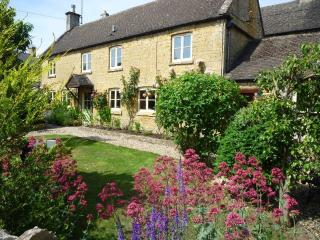 Robins Nest, Bourton-on-the-Water