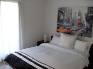 King size beds in both rooms