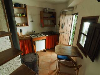 Cosy village house for two, Quéntar