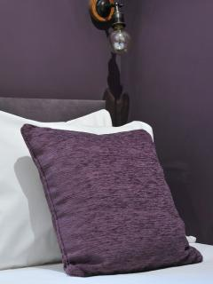 Modern lighting and quality linen included