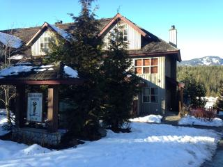 Beautiful Property with Views, Whistler