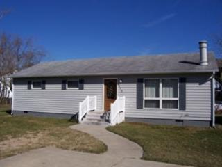 Clean and well maintained 3 bedroom home, Bethany Beach