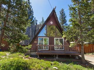 Mountain A-Frame Cabin meets urban chic - LTLC, South Lake Tahoe
