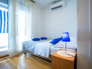 Studio Apartment Teuta - Split-Dalmatia County vacation rentals