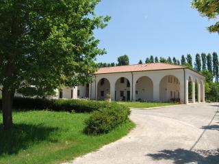 Apartaments in a villa, Quarto D'Altino