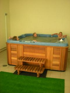 Jacuzzi (sauna also available). This is free to use for our guests.