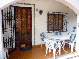 Pretty Townhouse with Swimming Pool, Santa Ponsa