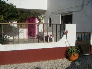 Peniche, house with garden 2 minutes from the beac