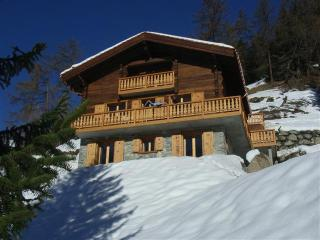 Chalet Grouse - Remote and Tranquil