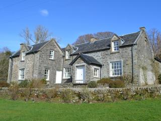 Courtyard Country House, Kilfinan