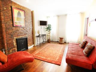 LOVELY 1 BEDROOM FLAT IN NYC, New York City