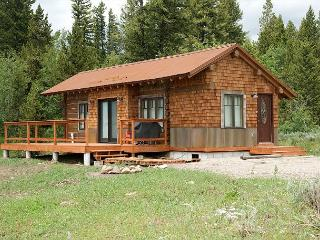 New! Perfect Location! Rustic-Modern! Near Yellowstone! Free WiFi..., Island Park