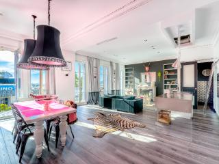 Xtase waterfront luxury suites in central Cannes