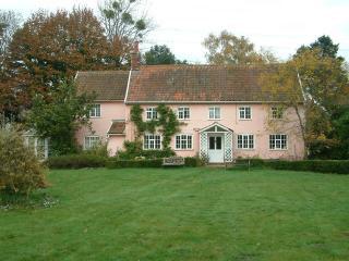 Waterfields Cottage in Snape