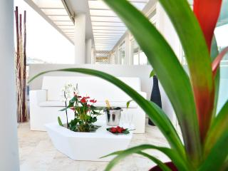 A corner of the first terrace furnished by Vondom