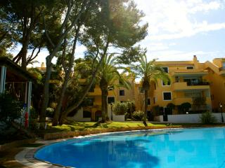 APARTMENT WITH  DIRECT ACCESS TO THE SEA. R.00031, Santa Ponsa