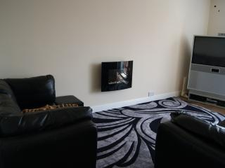 Holiday lets go! with  free Full Sky, & Wifi, Bridlington