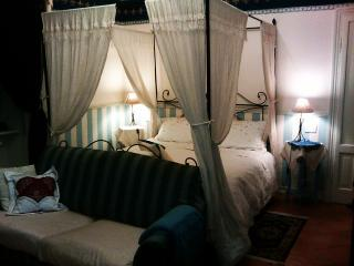 White Lady Bed and Breakfast, Piacenza