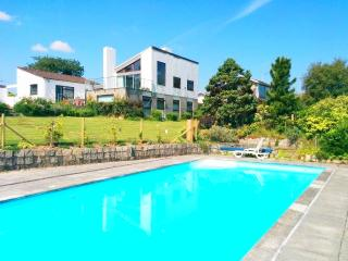 Modern Four Bedroom House with Pool and Sea View, St Austell