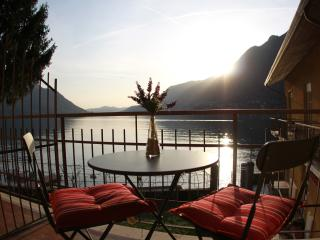LAKE COMO BEACH RESORT VILLAS, Como