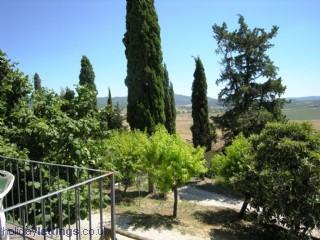 Charming Tuscan farmhouse apartments  with pool, Colle di Val d'Elsa