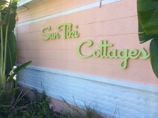 SunTiki cottages :only one house off the beach! - Indian Rocks Beach vacation rentals
