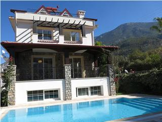 Kibele Villa Venus Sleeps 11 (6 Bedrooms), Oludeniz