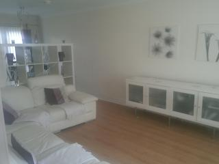 Glasgow  East  Three Bed House to Rent, Hamilton