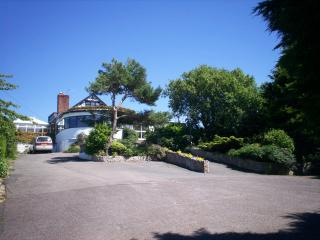 Country house with sea/ mt views & wet room, Prestatyn