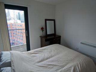 2 DOUBLE BEDROOM LUXURY FLAT, Sheldon